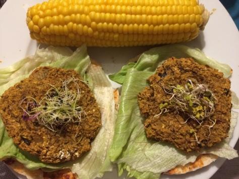 vegan-bonenburgers-pita